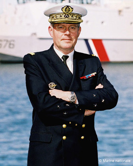 Vice-amiral Edouard Guillaud 2004-2006 (photo : marine nationale)