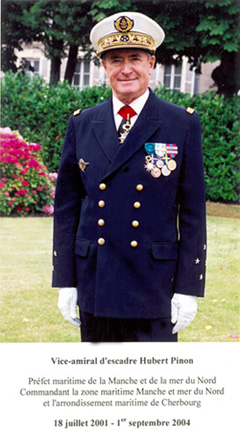 Vice-amiral d'escadre Hubert Pinon 2001-2004 (photo : marine nationale)