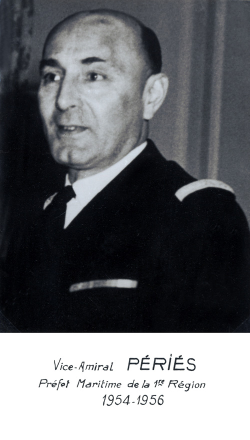 Vice-amiral Périés 1954-1956 (photo : marine nationale)